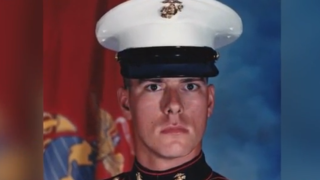 Phoenix veteran hopes personal story of drug abuse and PTSD will help others