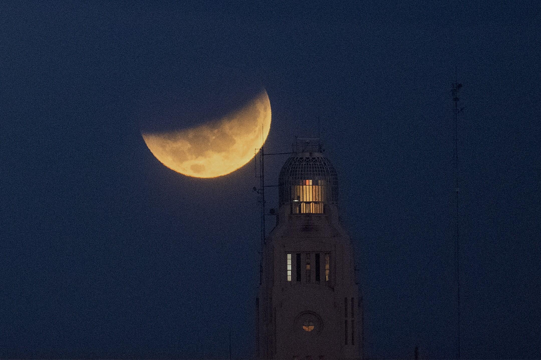 Lunar Eclipse Uruguay