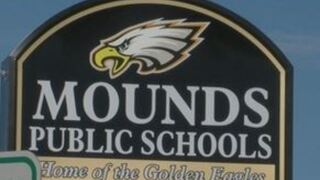 Mounds Public Schools district calendar, school supplies list for 2018-19