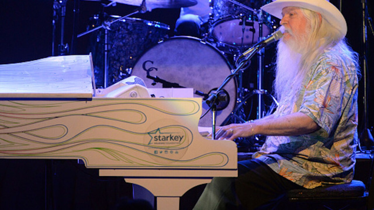 Musician Leon Russell dies, wife says