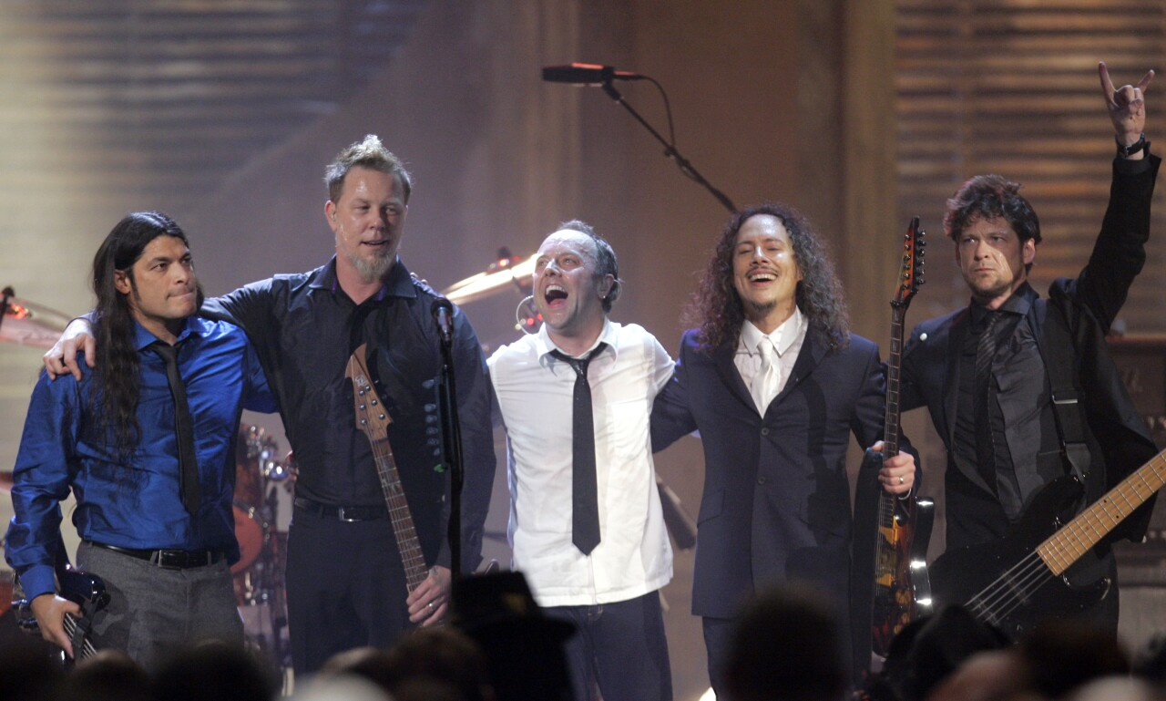 Metallica band members inducted into Rock 'N' Roll Hall of Fame in 2009