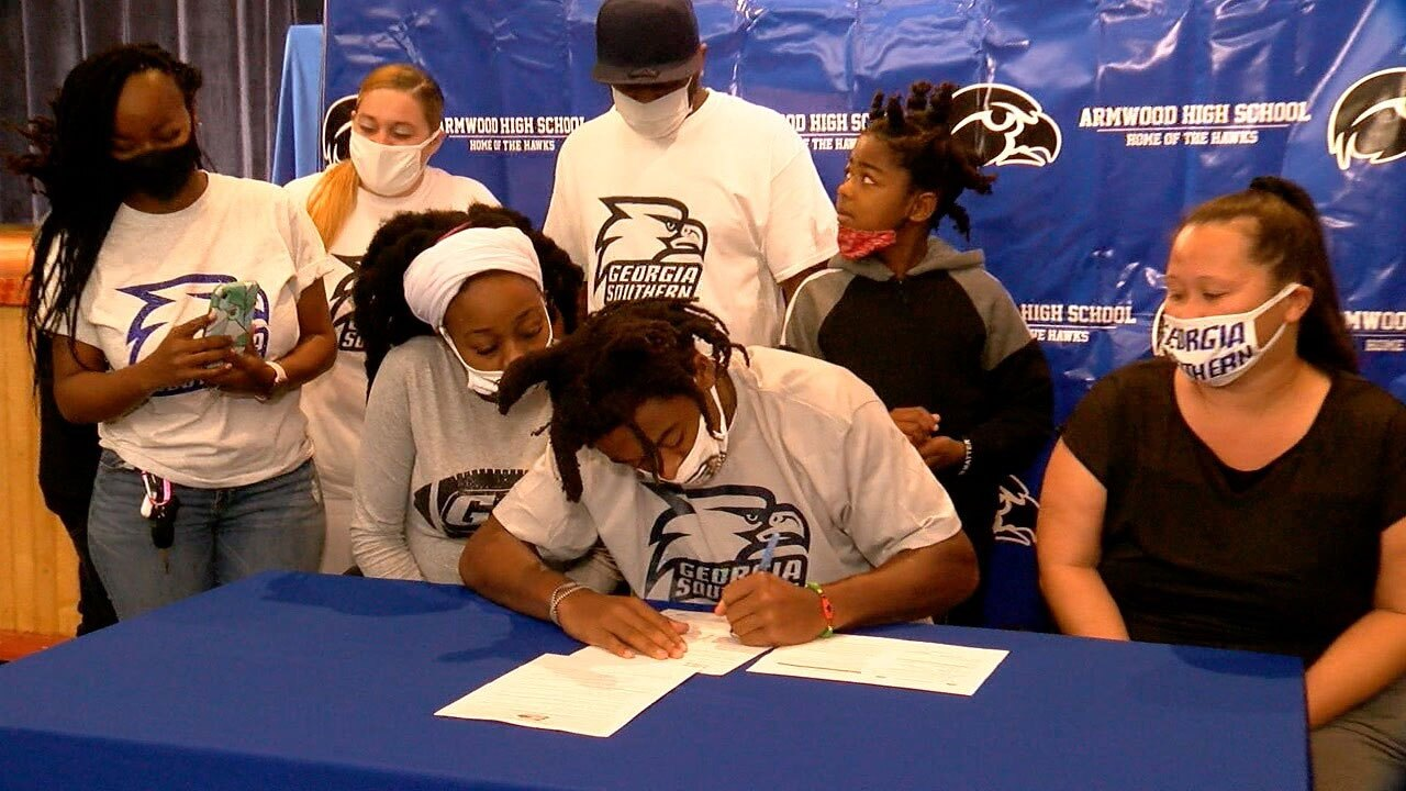 Cam'ron-Ransom-National-Signing-Day.jpg