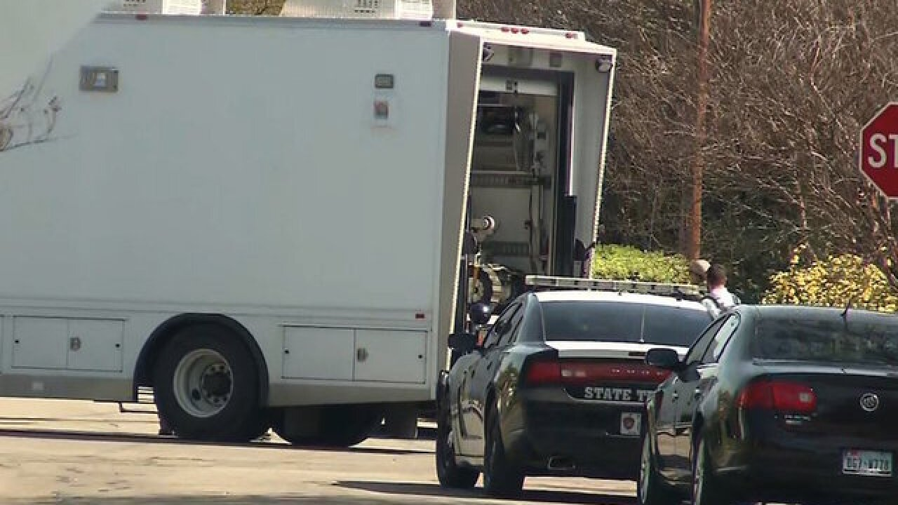 Federal agents search Austin bomber's house