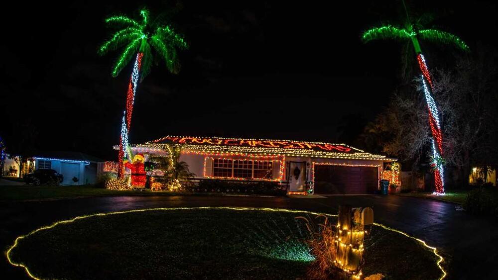 WPTV-CHRISTMAS-HOUSE-7.jpg