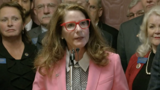 State superintendent Elsie Arntzen announces campaign for second term