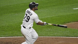 White Sox overwhelm Tigers, 14-0