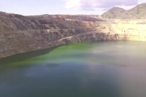 Water level in Butte's Berkeley Pit has not risen after year of pumping