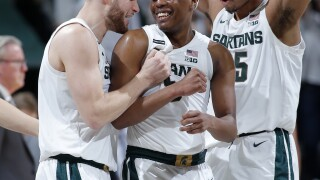 Spartans keep B1G title hopes alive, down Iowa 78-70