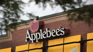 Applebee's February $1 Drink of the Month Is Vodka Strawberry Lemonade
