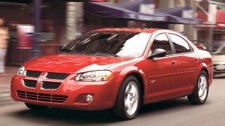 2004 Dodge Stratus: Sporty car, midsize