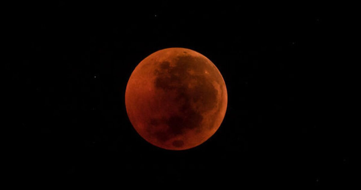 blood moon 2019 time zones - photo #17