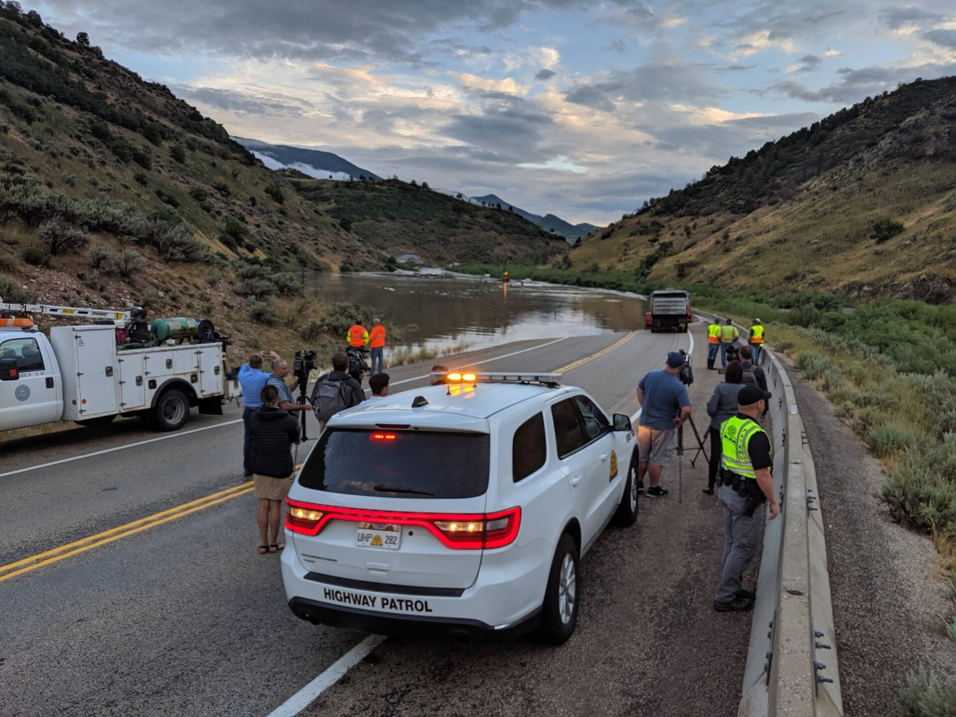 Photos: UDOT working to open U.S. 89 byMonday