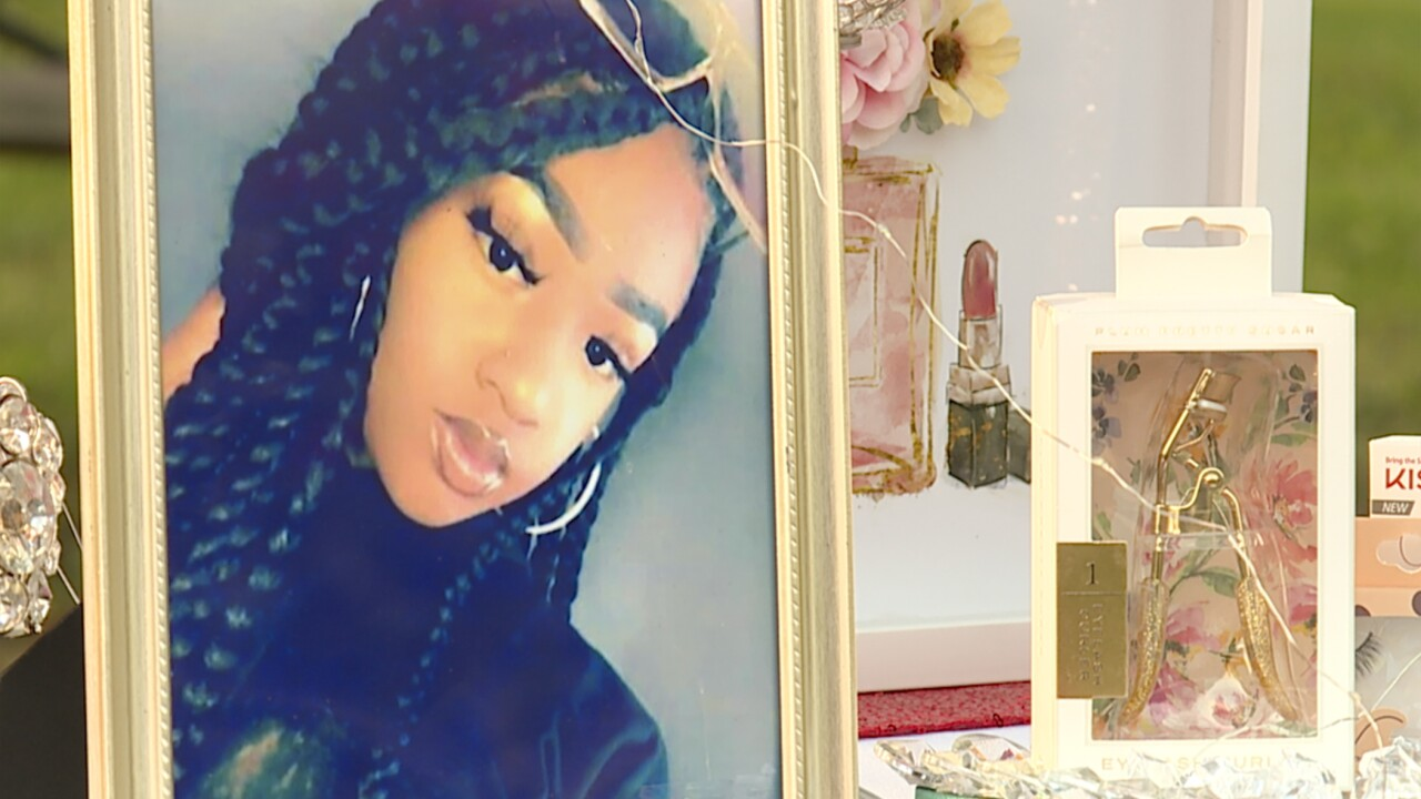 Loved ones hold vigil to honor the life of teenage girl shot and killed in Baltimore.jpg