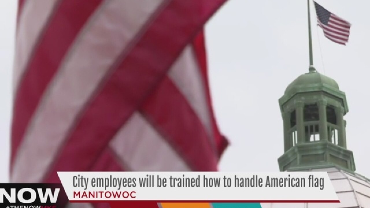 Manitowoc apologizes for mistreatment of flags