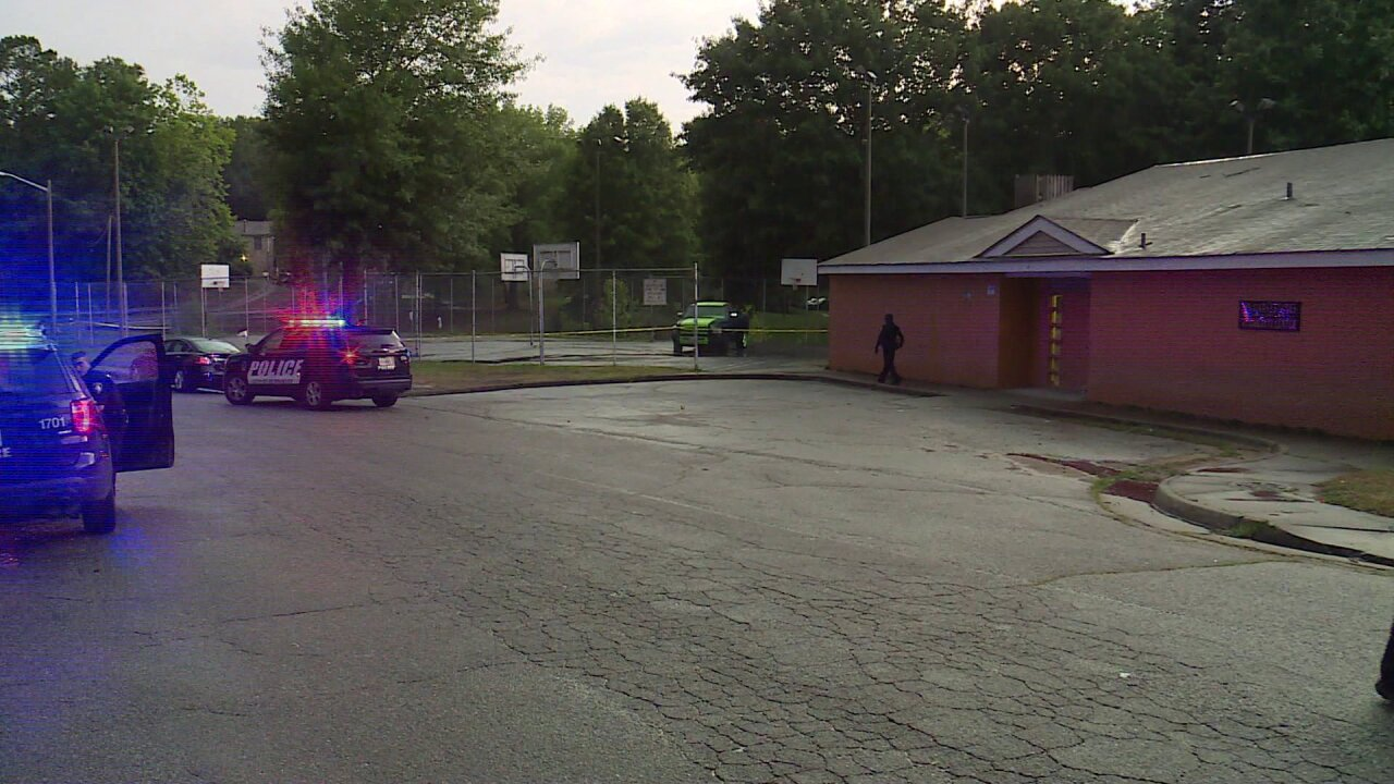 One in hospital after shooting at Petersburg basketballcourt