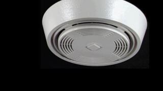 Man uses shotgun to silence smoke detector in his kitchen