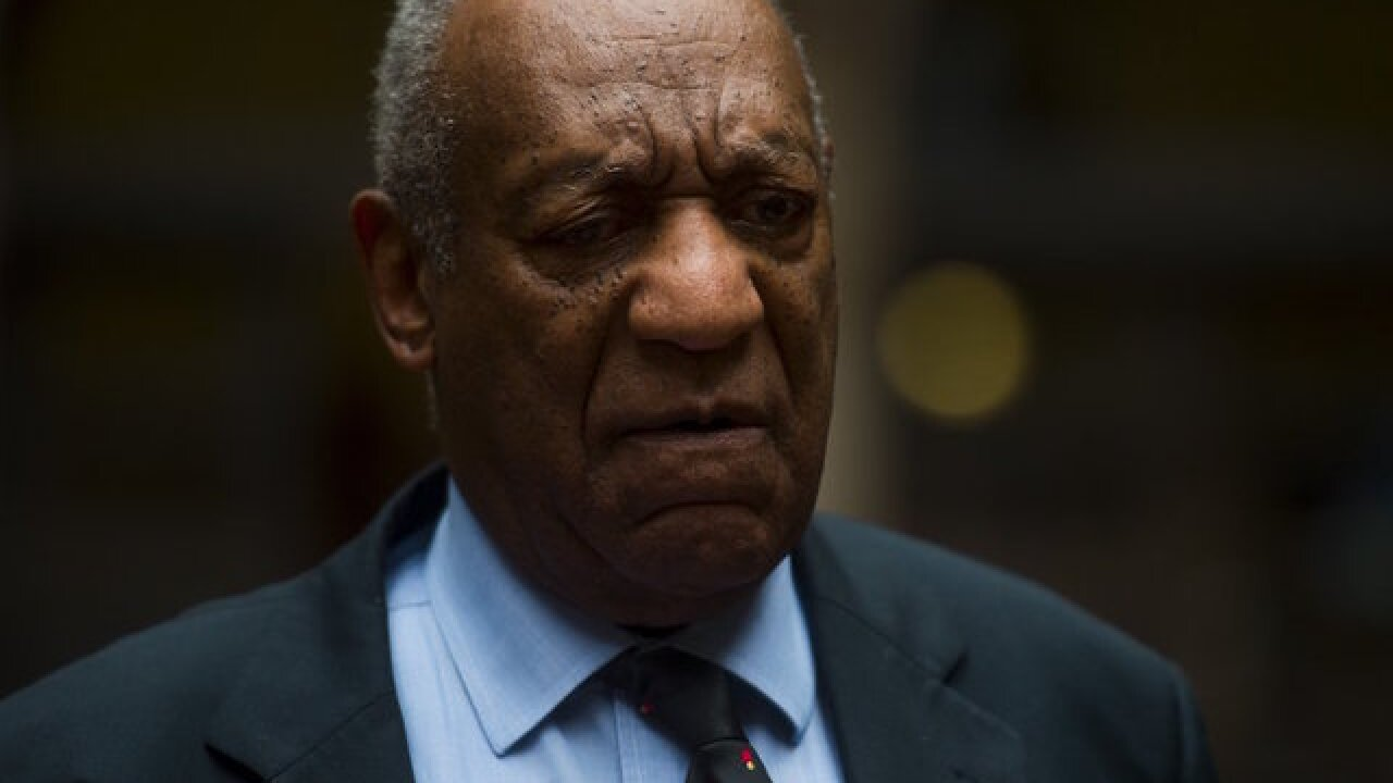Bill Cosby returns to the stage for first time in 3 years
