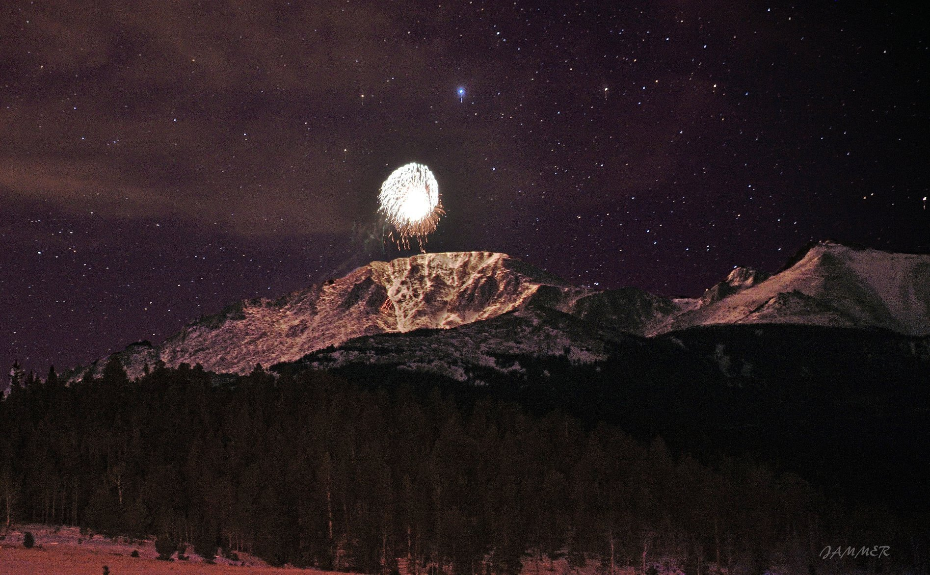 New Years Eve Fireworks on Pikes Peak from James Martinez.jpg