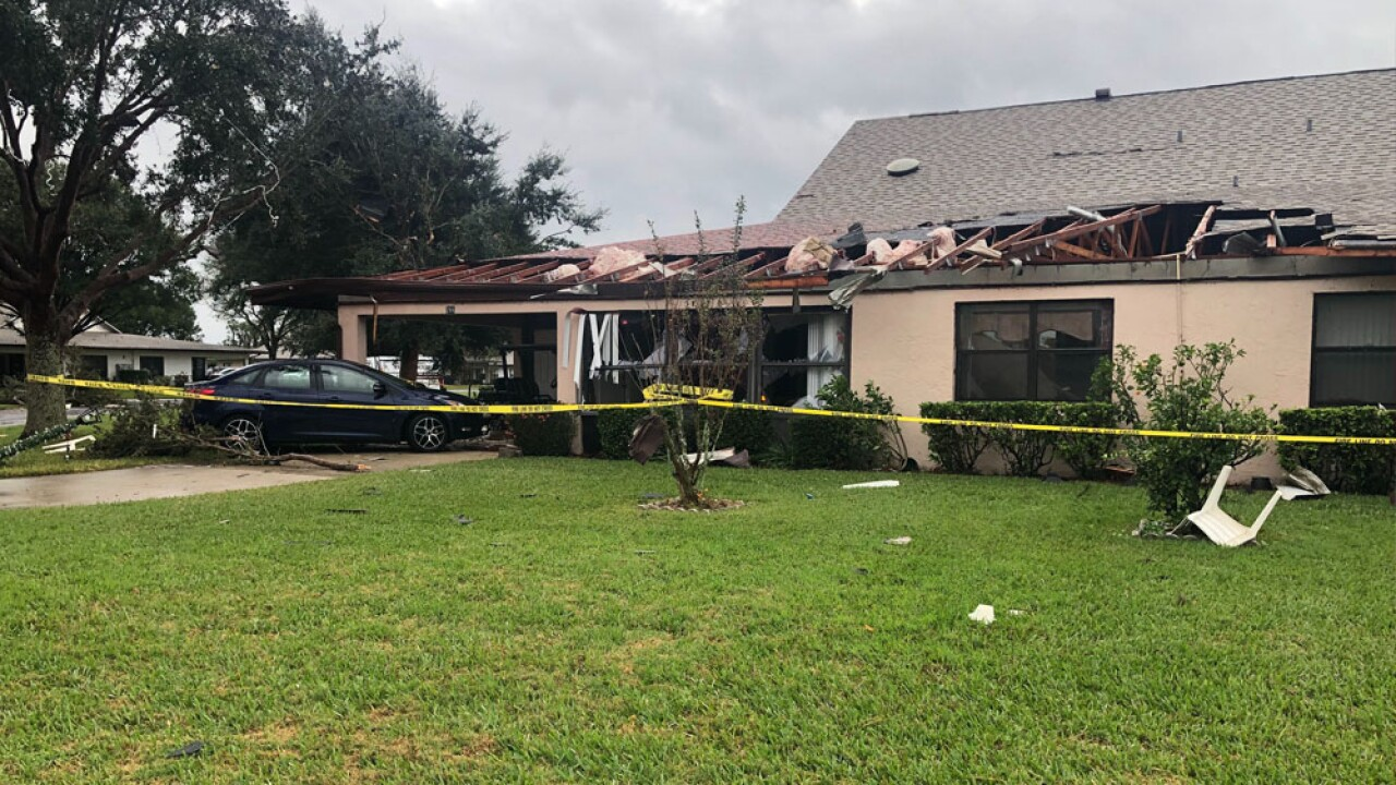 Roof Collapses In Lake Wales Sending Woman To The Hospital