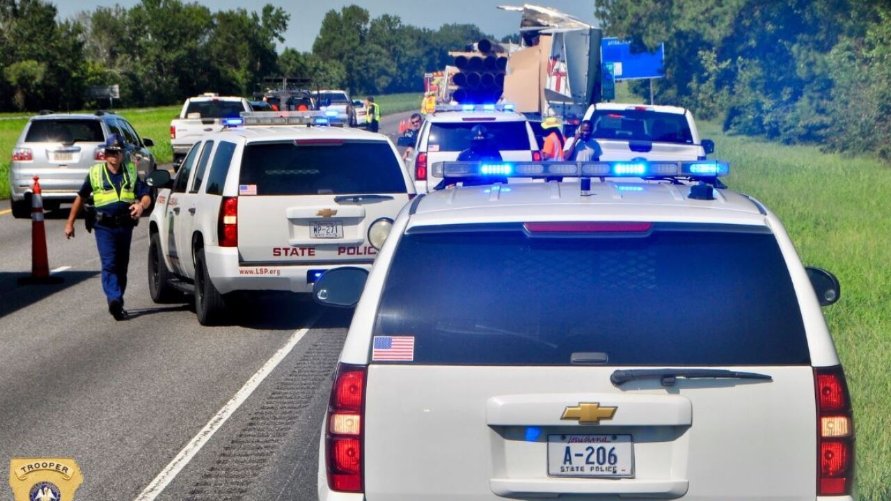 UPDATE: Texas man killed in I-10 crash near Grosse Tete