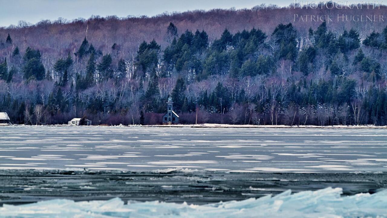 Blue ice near munising_3