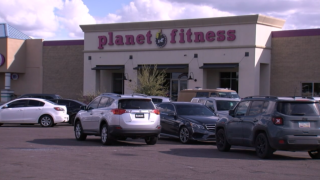 OIS outside Planet Fitness in Apache Junction