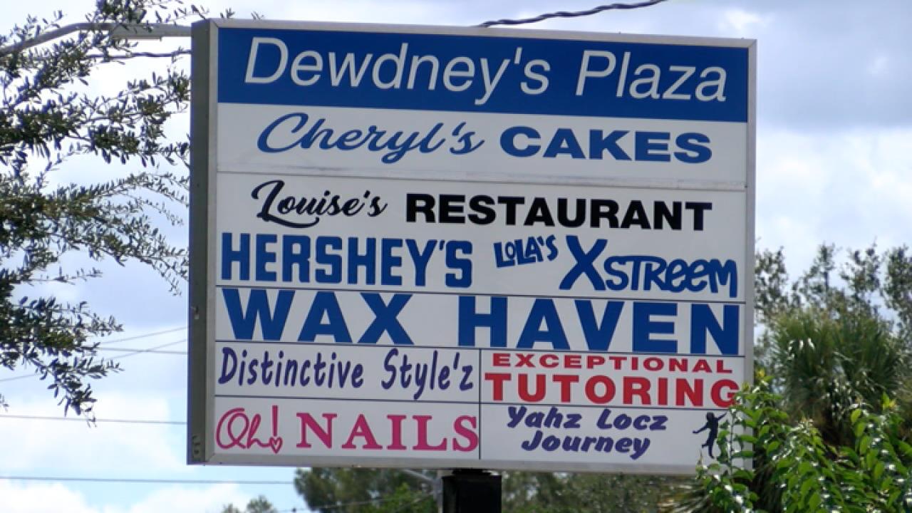 dewdney_s_plaza_2_720.png