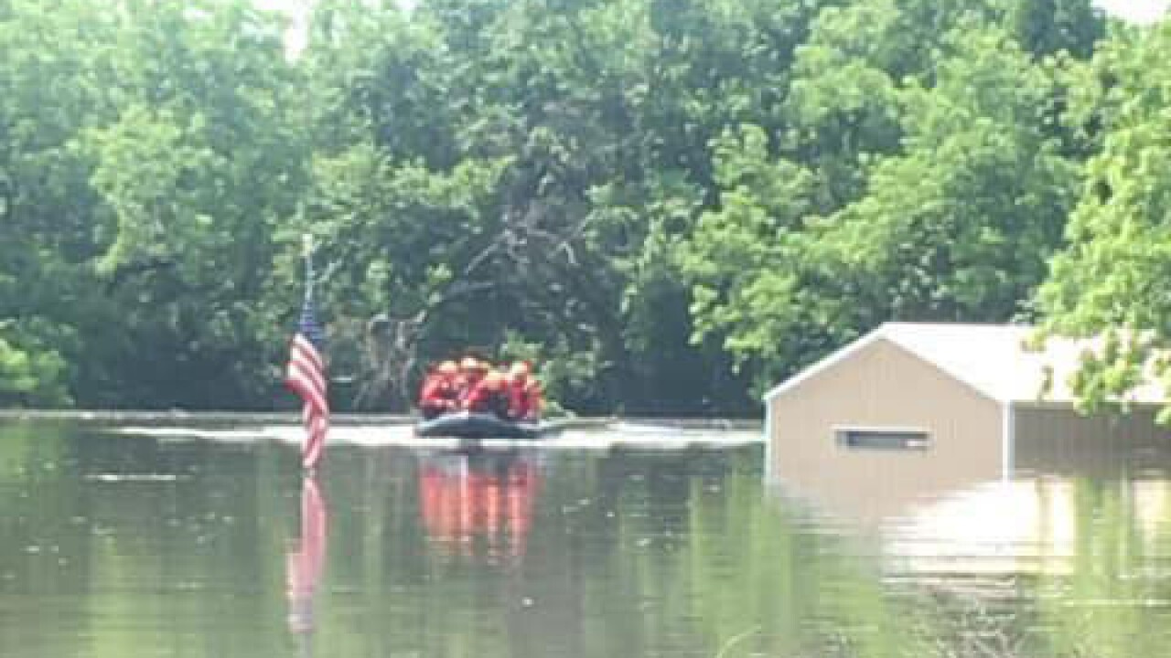 Flag rescue in Fort Gibson