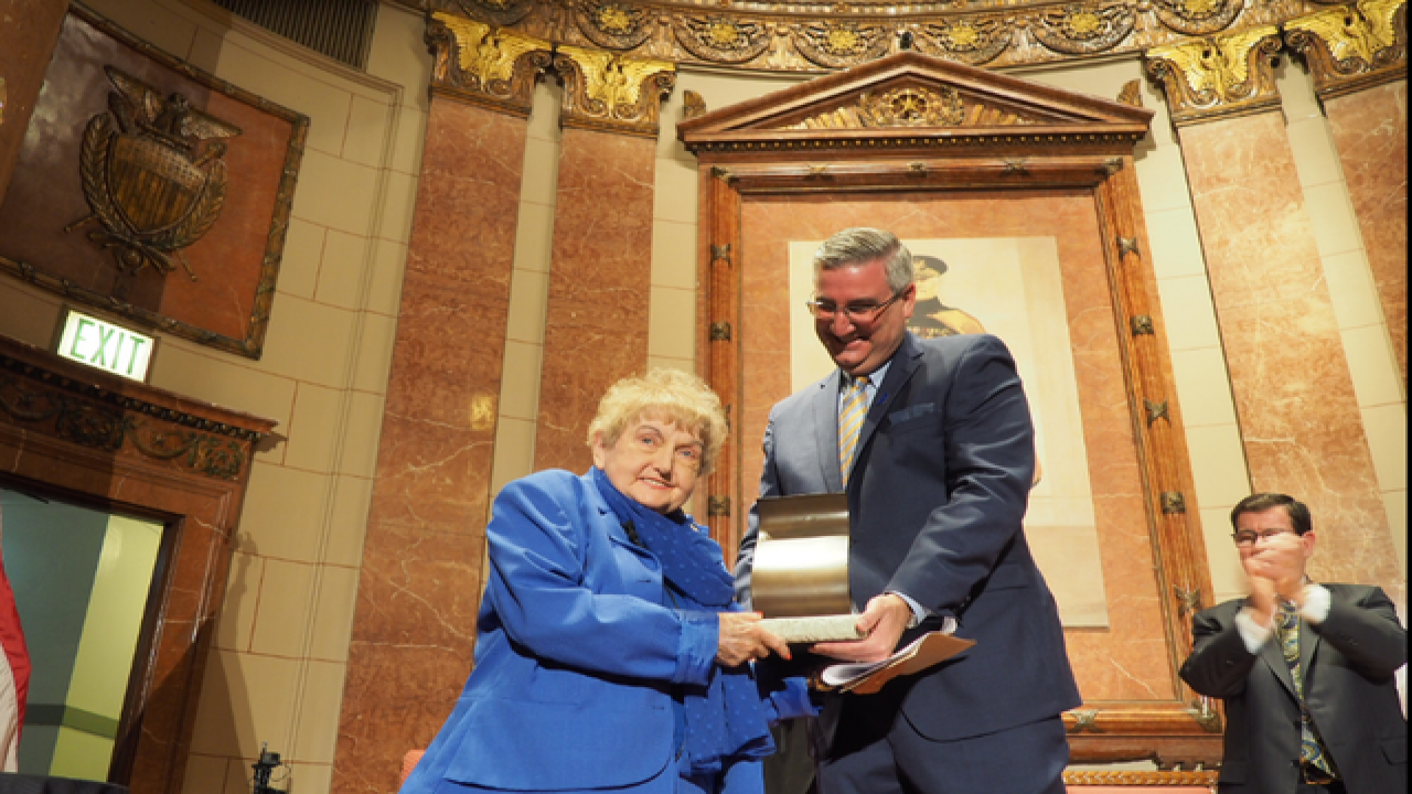 WATCH: Holocaust survivor receives Indiana award