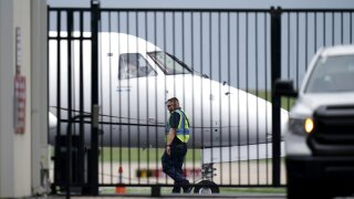 Texas Democrats flee for Washington