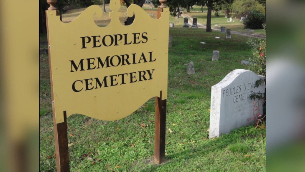 Police make gruesome discovery in Petersburgcemetery