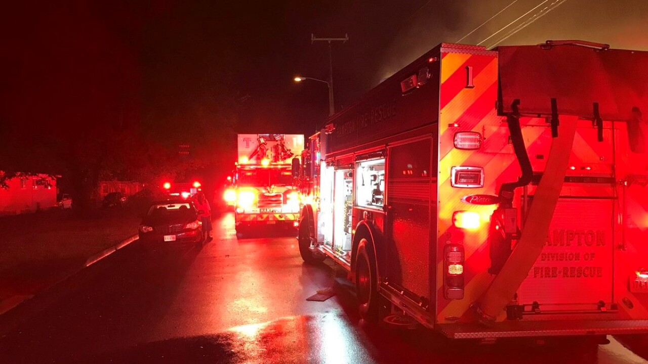 Firefighters in Hampton respond to kitchen fire