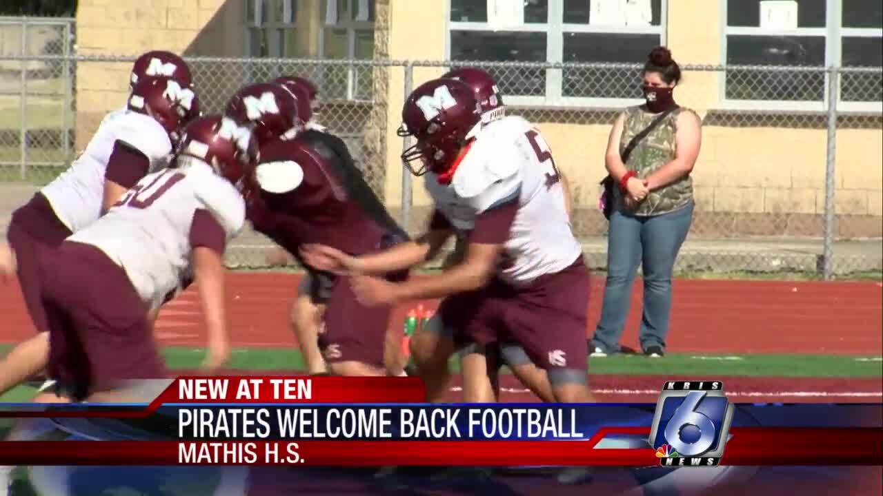 Mathis Pirates excited about their return to football
