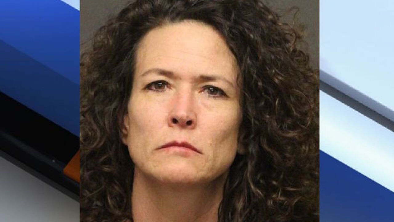 Bullhead City woman gets stuck in carwash during nearly 20-mile pursuit