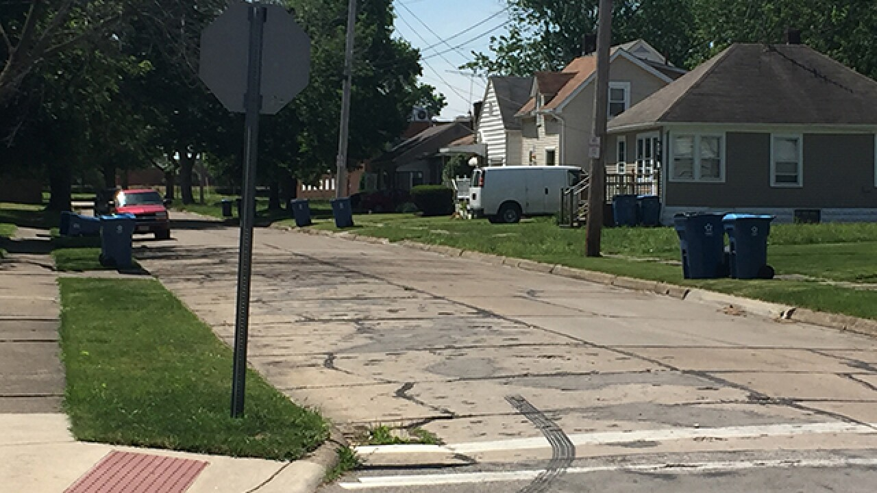 Lorain shooting leaves man dead, woman injured