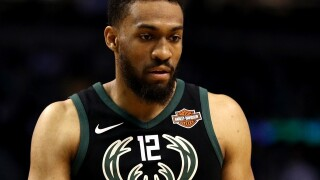 Jabari Parker signs 2-year deal with the Chicago Bulls
