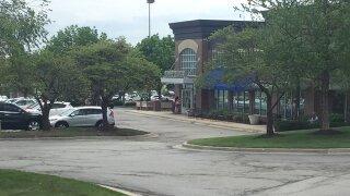 Town Center Plaza's Dean & DeLuca closing