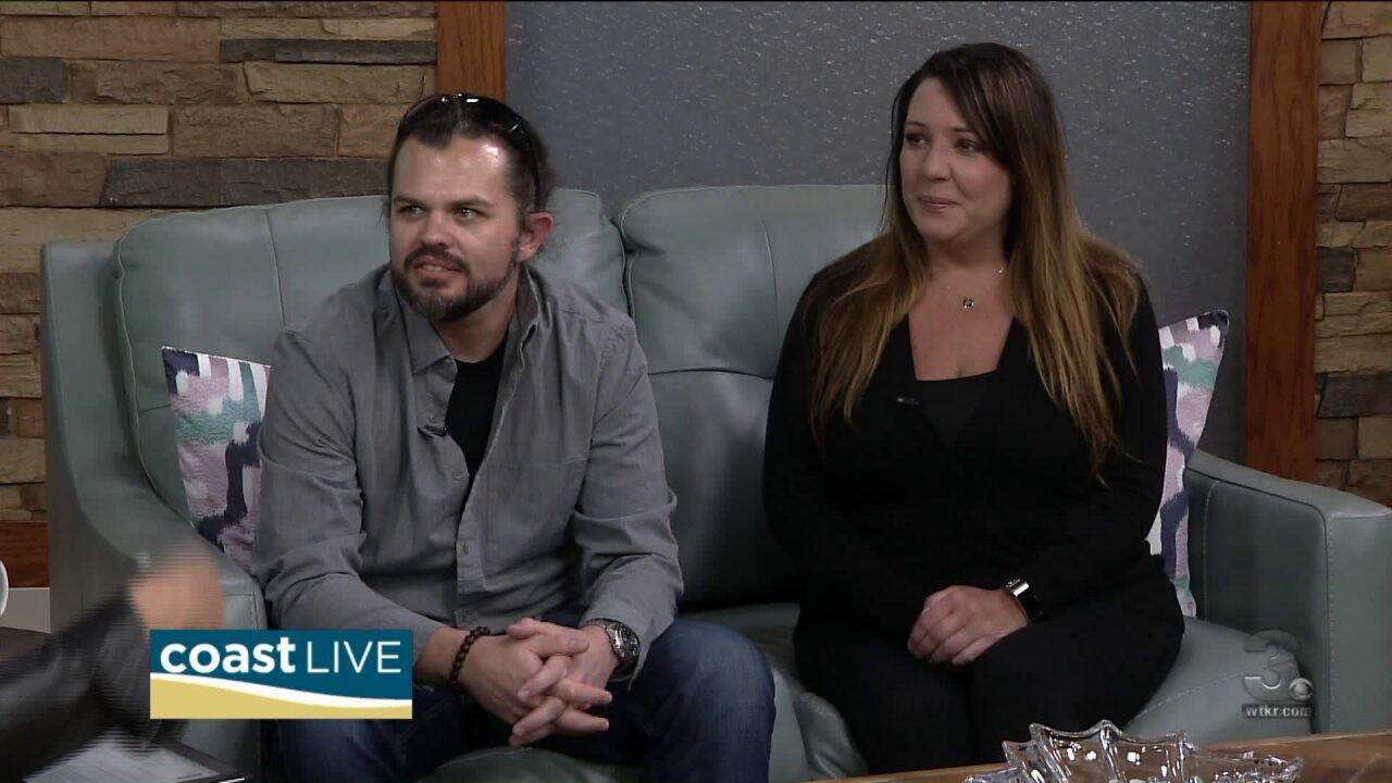 Cash and Carly share the latest country music news on Coast Live