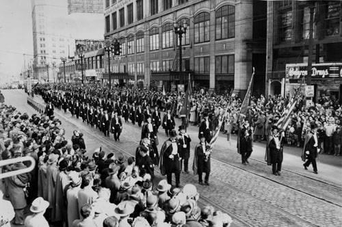st-patricks-day-parade-down-euclid-avenue.jpg