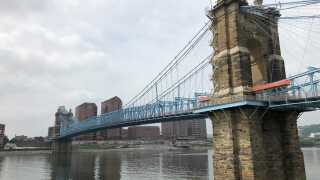 roebling_bridge_cloudy.jpg