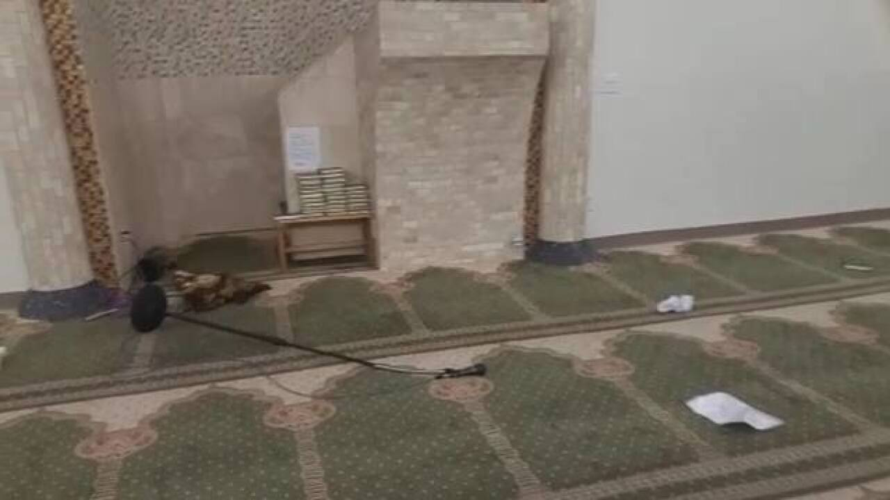 Man breaks into, damages Tucson Islamic Center