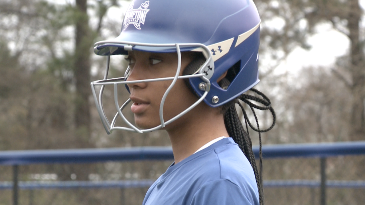 Mo'ne Davis embraces softball, new journey at Hampton University