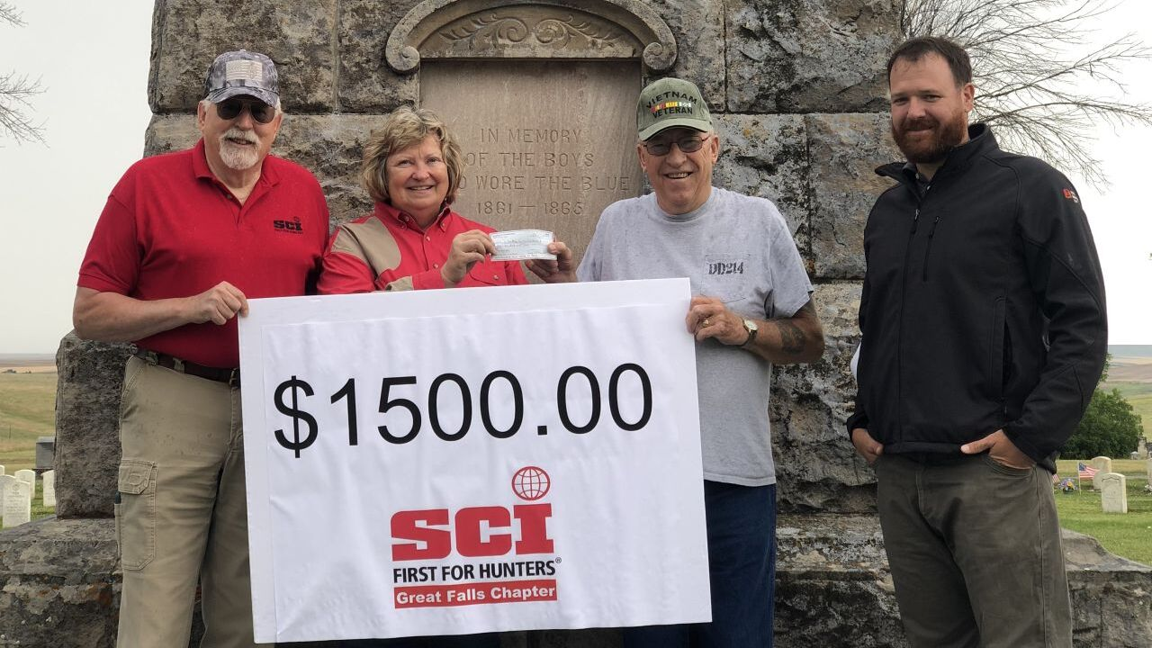 Veteran receives donation from SCI to replace flags in Highland Cemetery