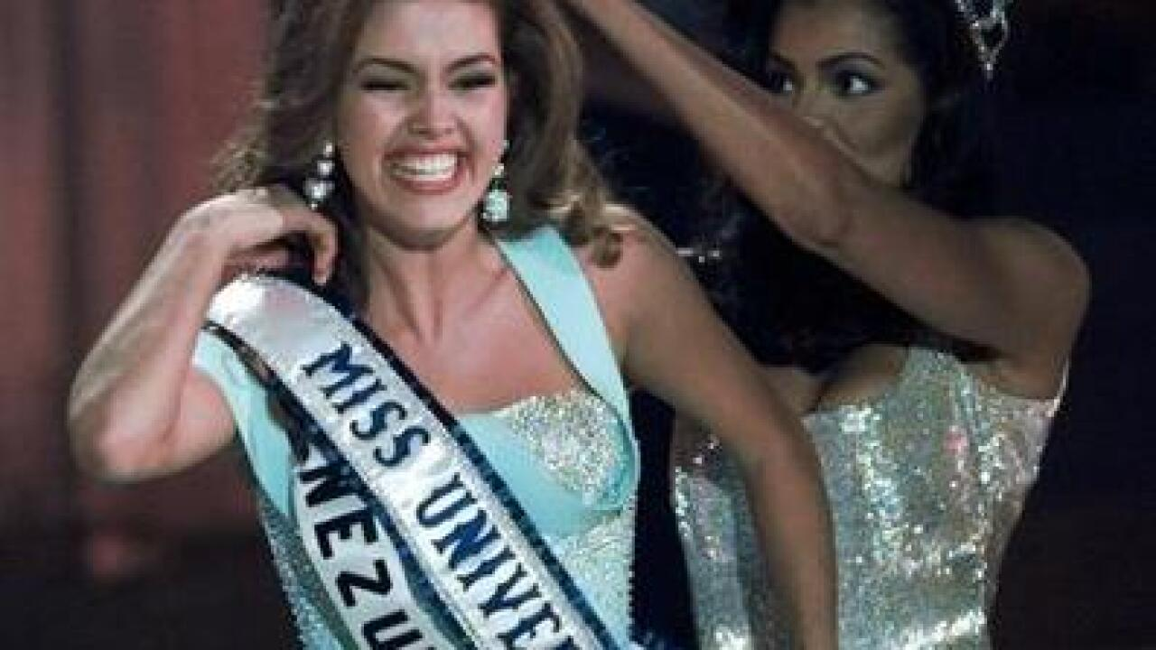 Trump slams former Miss Universe pageant winner