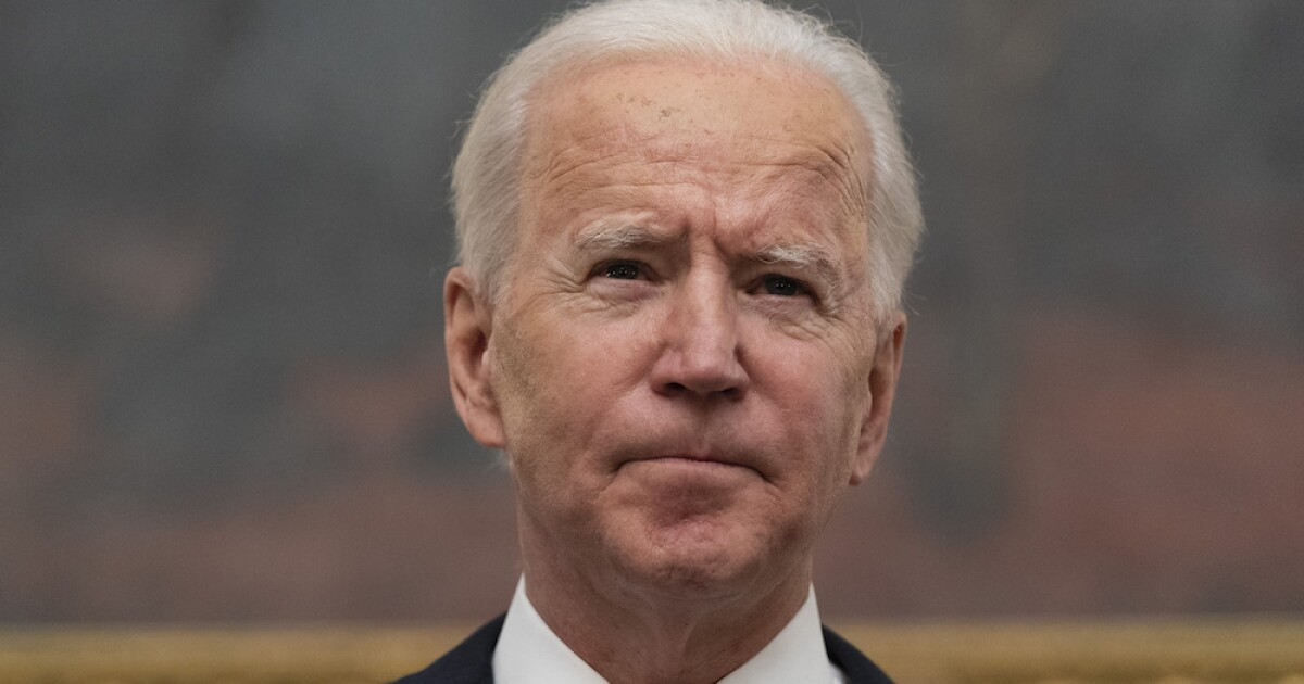 Biden to announce executive actions to combat gun violence thumbnail