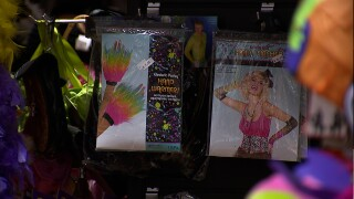 Supply chain issues put fear factor into Halloween shopping