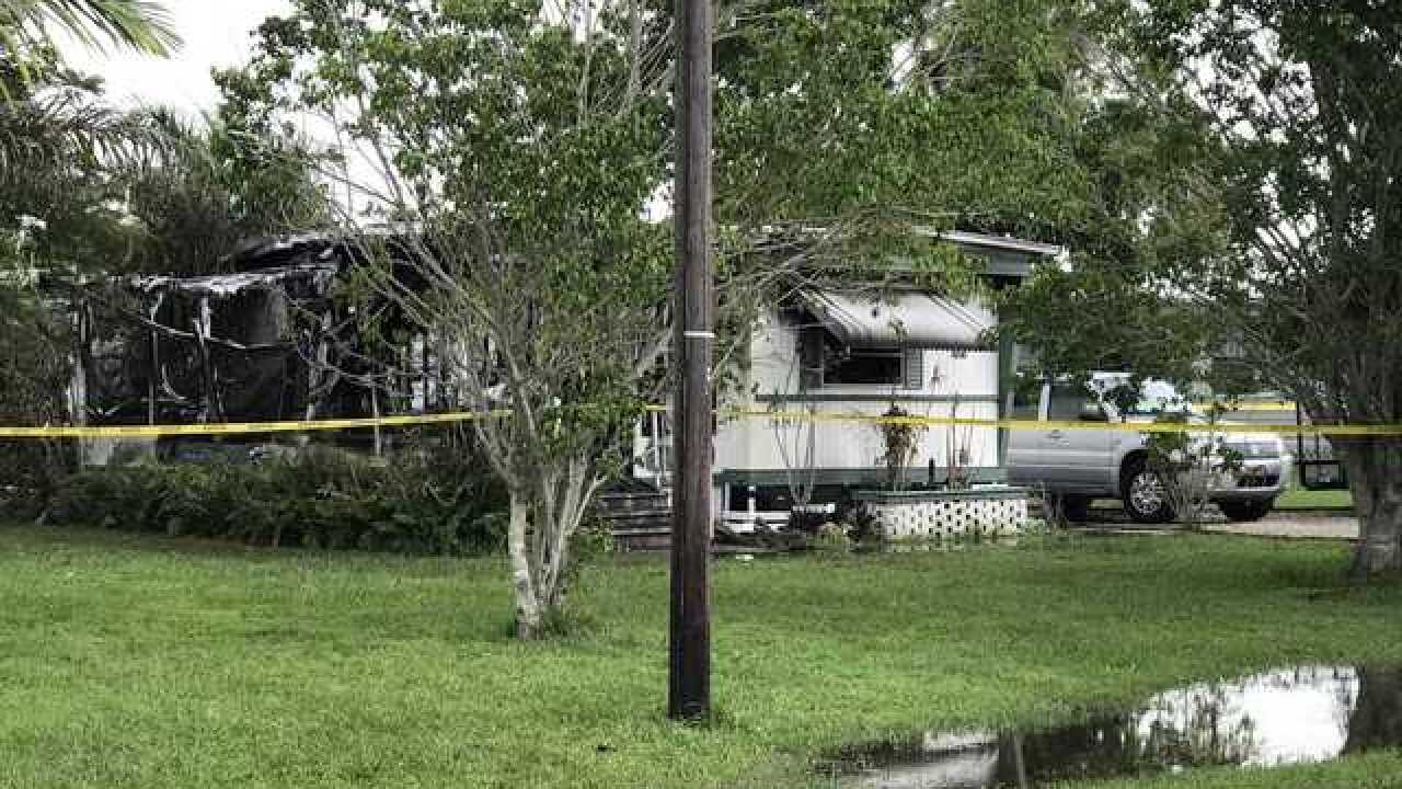 Crews respond to trailer fire in Fort Myers