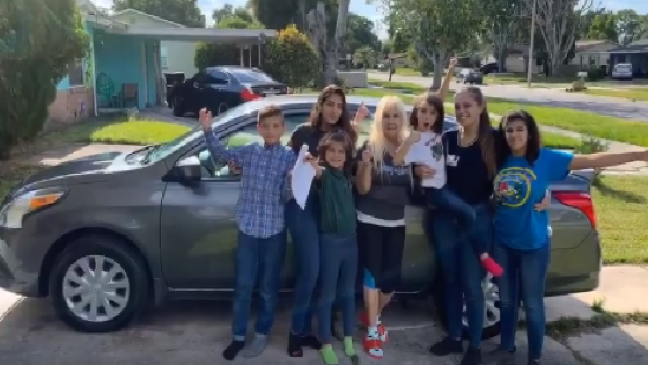 Donors purchase car for 20-year-old woman raising 5 siblings alone in Florida.png