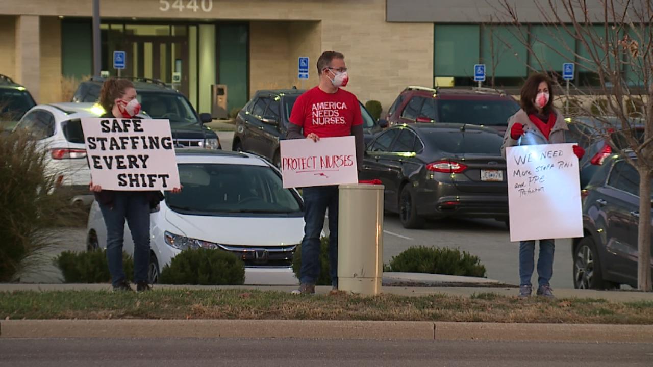 Nurses protest outside HCA Midwest Health HQ