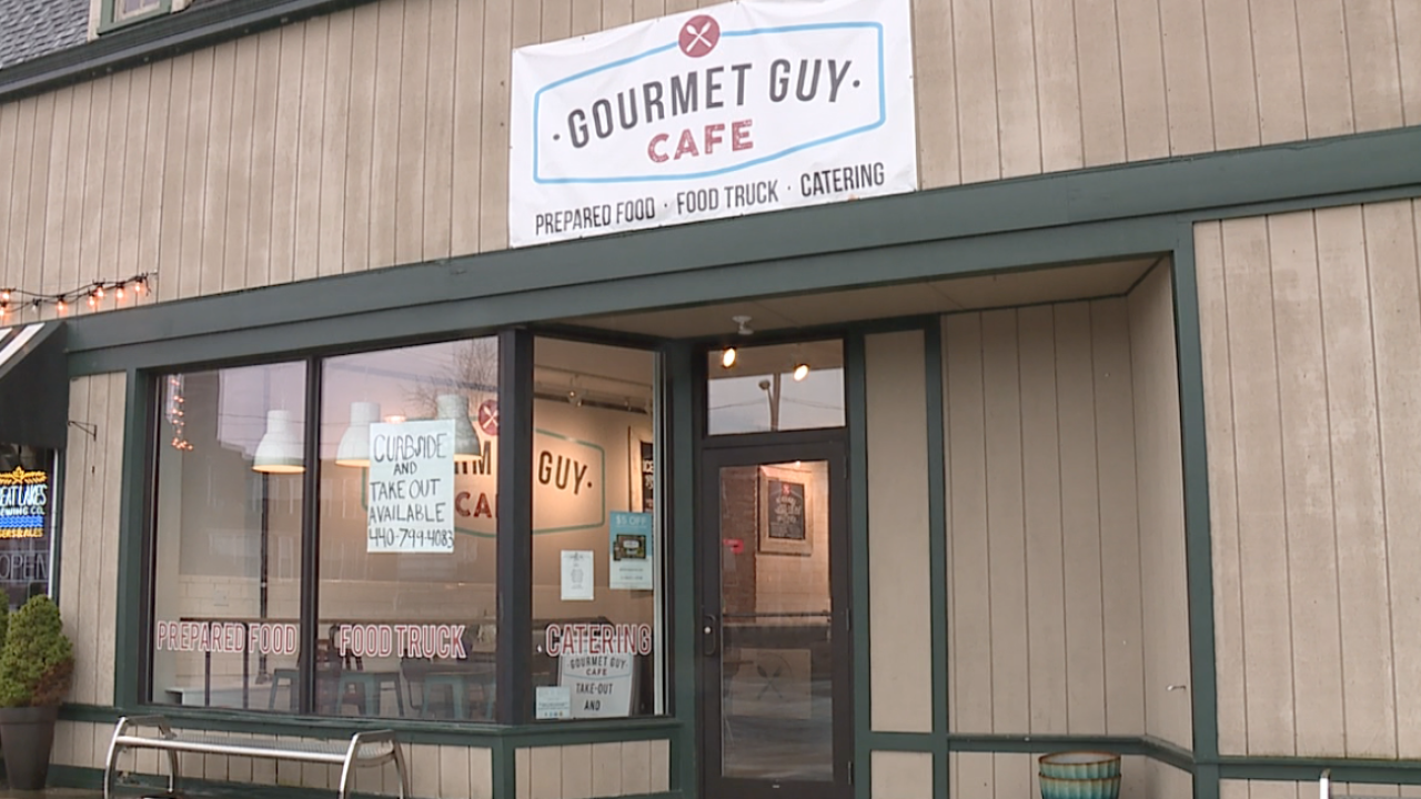 Rocky River's Gourmet Guy Cafe starts meal donation program for healthcare workers, first responders